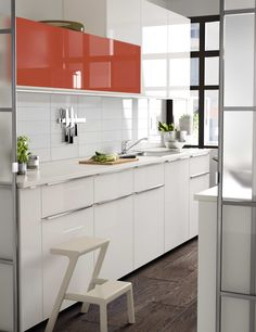 Cocina Office, Kitchen Cabinets, Table, Furniture, Home Decor, Ikea Portugal, Ideas Para, New Kitchen, Ovens