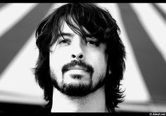 Dave Grohl (Nirvana, Foo fighters, Queens of the Stoneage, Tenacious D)