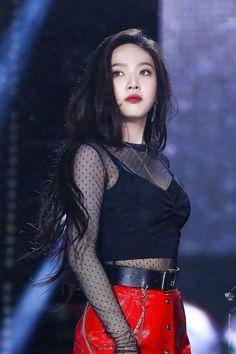 dedicated to female kpop idols. Seulgi, Irene Red Velvet, Red Velvet Joy, Stage Outfits, Kpop Outfits, Korean Girl, Asian Girl, Kpop Girls, Kpop Girl Groups