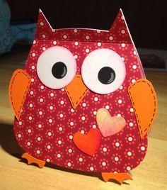 An owl card die-cut with Sizzix- it also stands :-) Nursery Crafts, Bird Crafts, Paper Crafts, Punch Art Cards, Owl Card, Owl Cartoon, Handmade Birthday Cards, Handmade Cards, Owl Punch