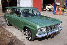 Station Wagon Finder scours the internet to find the best classic Studebaker station wagons available. Hot Rod Trucks, Cool Trucks, My Dream Car, Dream Cars, Benz Smart, Station Wagon Cars, Shooting Brake, Vintage Motorcycles, Vintage Cars