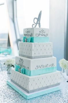 Tiffany blue and silver wedding cake idea. I like the color and the Letter cake topper Tiffany Blue Weddings, Tiffany Wedding, Tiffany Blue Quince, Tiffany Blue Cakes, Square Wedding Cakes, Square Cakes, Cake Wedding, Wedding App, Wedding 2017