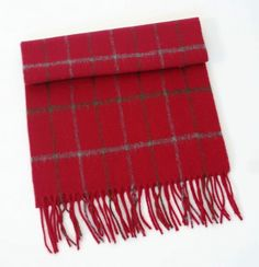 Ref  000731 This scarf is woven from a blend of 30% cashmere   70% wool. A  real man s scarf, the cashmere content adds a hint of luxury. 3a0ecb2db6c