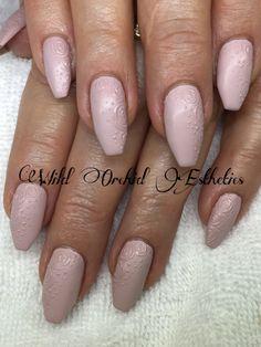 Embossed nude roses. Gel nails. Ballerina nails.