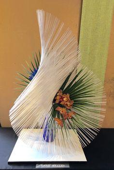 A Creative Arrangement At The Santa Barbara Orchid Show By Talented Brad Welles Ikebana Flower Arrangement, Ikebana Arrangements, Deco Floral, Arte Floral, Flower Show, Flower Art, Arreglos Ikebana, Modern Floral Arrangements, Orchid Show
