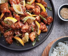 chinese style lemon chicken Not sure what to make for dinner tonight? Skip the take out and try our Chinese lemon chicken. (Everything is better when made from scratch! Citrus Recipes, Meat Recipes, Asian Recipes, Cooking Recipes, Ethnic Recipes, Chinese Recipes, Entree Recipes, Copycat Recipes, Yummy Recipes