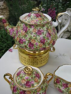 R. A. modern Country Roses Chintz pattern. I just happen to have this Teapot with creamer, sugarbowl and sandwich tray! Absolutely love this pattern