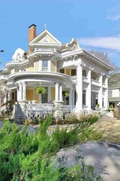 1909 Wey Mansion For Sale In Wichita Kansas — Captivating Houses - Old Houses , Victorian Architecture, Beautiful Architecture, Beautiful Buildings, Beautiful Homes, Classical Architecture, Farmhouse Architecture, Residential Architecture, Abandoned Mansions, Abandoned Houses