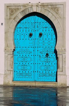 tunis (106) - Blue Door of former British Consulate    blue door with metal rivets, typical North African door, this one on the former British Consulate, Tunis