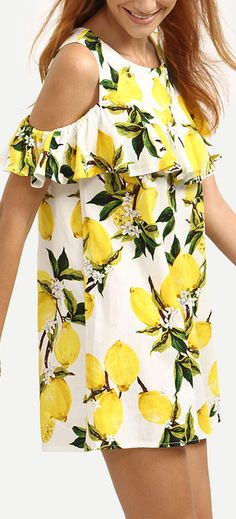 We are so in love with this floral printing look. This dress is crafted from Open Shoulder. The whole loose fit means it will float elegantly as you move.