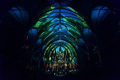 Luminous experience in the heart of Montreal's Notre-Dame Basilica