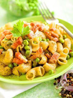 Con i Chifferi integrali pancetta e piselli servirete la bontà dei piatti semplici e genuini. La pasta integrale è infatti un concentrato di nutrienti!