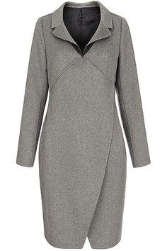 Пальто с оригинальными полочками и лацканами