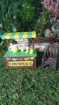 Fairy Garden Miniature Lemonade Stand, Resin Fairy Garden For Fairy Garden, Lemonade Stand with Lemonade Accessories, Fairy Garden Accessory