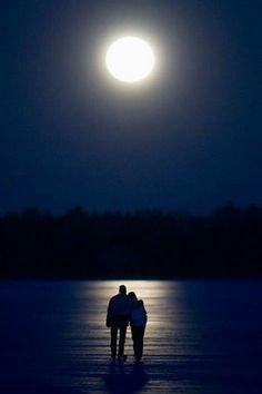Walk along the beach under the moonlight. My bucket list with a Twist ✔