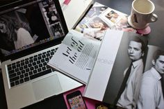 If you're a journalism and fashion media student at Kent State, or thinking about becoming one, here's what the everyday life is. World Of Fashion, Fashion Brands, Fashion Bloggers, Fashion Pics, Fashion Gallery, Fashion Designers, Paris Fashion, Fashion Journalism, Interesting Topics