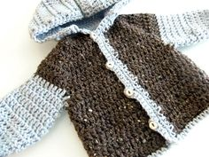 3squeezes: Easy Crochet Baby Sweater