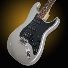 Hello Music: Fender Guitar Roadworn Players Strat HSS - Inca S...