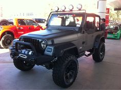 Jeep Wrangler Unlimited Gray Camo 245986 Photo 1 - trucktrend.