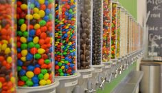 frozen yogurt shop - Google Search Smoothie Shop, Frozen Yogurt Shop, Pen Collection, Nom Nom, Food Porn, Household, Lunch, Restaurant, Meals