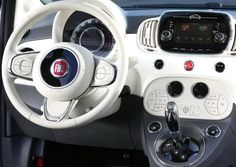 2016 Fiat 500 interior
