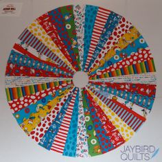 Circle Quilt Tutorial | Jaybird Quilts To easily create this quilt I used a 10° Wedge Ruler. It allows you to cut long wedges that are accurately 10° wide.