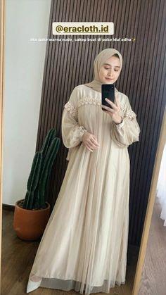 Dress Brokat Muslim, Muslim Dress, Kebaya Hijab, Kebaya Dress, Hijab Evening Dress, Hijab Dress Party, Modesty Fashion, Hijab Fashion, Kebaya Modern Dress