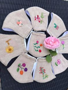 Masque 100% lin lavable 4 couches  #masquetissus #masquelavable #masquebrodé Basic Hand Embroidery Stitches, Handkerchief Embroidery, Hand Embroidery Patterns Flowers, French Knot Embroidery, Flower Patterns, Embroidery Designs, Face Masks For Kids, Easy Face Masks, Diy Face Mask