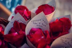 Conos de pétalos para tu boda  #wedding #bodas #boda #bodasnet #decoración #decorationideas #decoration #weddings #inspiracion #inspiration #photooftheday #love #beautiful #rice #confetticones #ricecones Fruit, Instagram Posts, Weddings, Beautiful, Royal Weddings, Mariage, Wedding Decoration, Invitations, Boyfriends