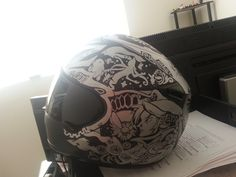 This is an AMAZING helmet!