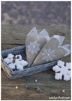 Snowflake hearts/ This would look really cute on a wreath with a burlap or linen bow.