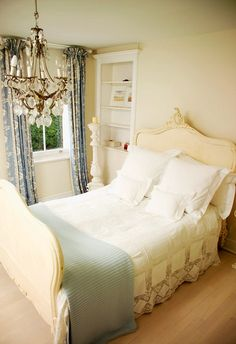 small but pretty #bedroom #interior