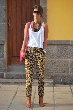 leopard + white tank & fab sunnies