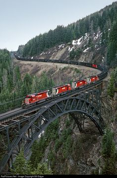 RailPictures.Net Photo: CP 5609 Canadian Pacific Railway EMD SD40-2 at Rogers Pass, British Columbia, Canada by Bill Edgar