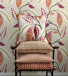 Leading Fabrics and Wallpaper designer, Nina Campbell available exclusively from Osborne and Little Nina Campbell, Modern Wallpaper, Designer Wallpaper, Coral Home Decor, Osborne And Little, Wallpaper Companies, Cole And Son, Living Room Colors, Home Textile