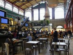It's the most beautiful Italian food court you can imagine. In reality, it's so much more. An extremely high level of deliciousness makes this a place that I would gladly eat in any time I visit Florence. What's there? Just about everything. Which is why I'll just walk you through it with this little video. Enjoy!