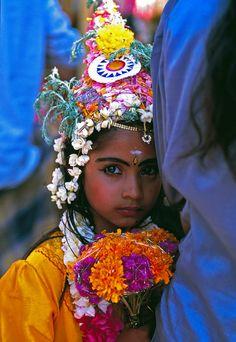 Ysaimara. Niña en el Festival para mujeres de Pongala. Kerala - India.