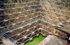 An amazing site to see near Jaipur is Chand Baori step well, an oldest step well in Rajasthan. Chand Baori is one of the deepest wells in the world and is one of the most unseen sites in India. Rajasthan Inde, Jaipur India, Water From Air, Equador, Modern Stairs, Water Sources, Rainwater Harvesting, Tourist Places, Belle Photo