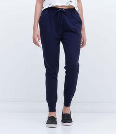 Calça feminina  Modelo jogger  Com amarração  Marca: Blue Steel  Tecido: Viscose  Modelo veste tamanho: P       Medidas da Modelo:     Altura: 1,76  Busto: 90  Cintura: 65  Quadril: 98       COLEÇÃO INVERNO 2016     Veja outras opções de    calças femininas.