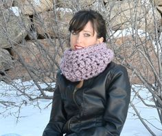 Easy #crochet cowl free pattern @mamainastitch