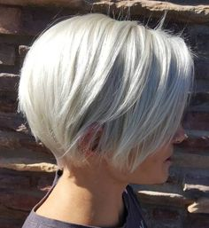 Top 20 Short Hairstyles for Fine Thin Hair Thin Hair Cuts best bob cut for fine thin hair Thin Straight Hair, Short Hair With Layers, Layered Hair, Short Hair Cuts For Women Thin, Short Fine Hair, Thick Hair, Bob Hairstyles For Fine Hair, My Hairstyle, Short Hairstyles For Women