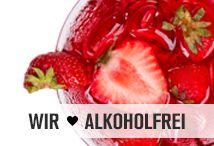 Ersetze Alkohol durch Superfoods! Mit unseren leckeren Cocktail-Rezepten werden du und deine Gäste den Alkohol auf der Party nicht vermissen! Moringa, Acai, Hagebuttenpulver, Aroniasaft und Co. sorgen für ein unglaubliches Geschmackserlebnis. Da darf es dann auch gern mal ein Gläschen mehr sein. #alkoholfrei #drink #superfoods #nu3