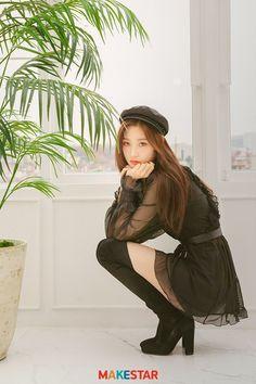 K-Pop Babe Pics – Photos of every single female singer in Korean Pop Music (K-Pop) Kpop Girl Groups, Korean Girl Groups, Kpop Girls, Mamamoo, Snsd, My Girl, Cool Girl, Red Velvet, Jung Chaeyeon