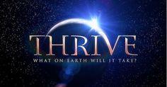 A nossa #recomendação especial de hoje: '#THRIVE: What on Earth Will It Take? - Lengendado em PT' é um #documentário gratuito que levanta a cortina sobre o que está a acontecer realmente no mundo dos dias de hoje, ao seguir o rasto do dinheiro. http://viver-livre.com/r/blog-thrive