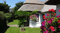 Little Orchard Cottage is a wonderful setting for your family holiday in Ireland. With perfect garden and sea views.