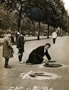 London in the 1920's-pavement artist, Victoria Embankment | Flickr - Photo Sharing!