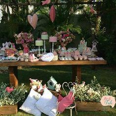 Festa atelier de costura com bonecas Flor de Tule