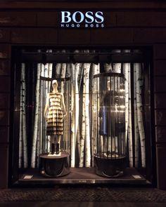 BOSS by Jason Wu – Berlin | birch and rotating mannequins| VMW ⓔⓣⓒ
