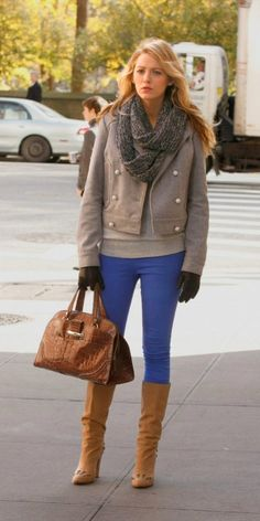 Blake Lively wearing Bulgari Alligator Bag, Chloe Studded Boots in Suede and Victoria Beckham Denim Leggings.