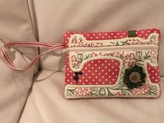 Zippered pouches - a cute assortment of little zippy pouches perfect for putting STUFF in!